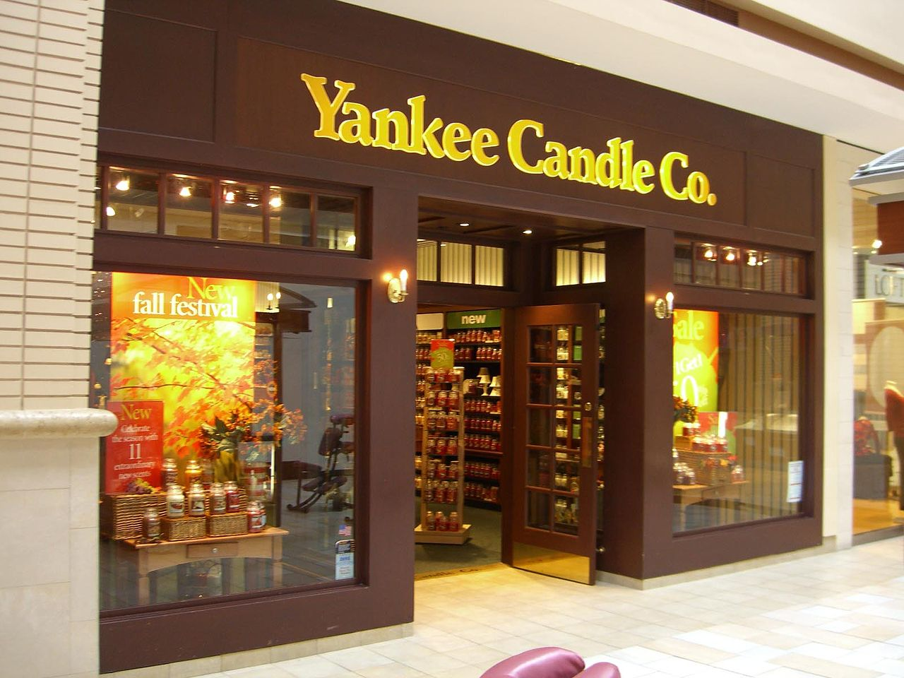 graphic relating to Yankee Candle $10 Off $25 Printable Coupon titled Complete Procuring Neighborhood